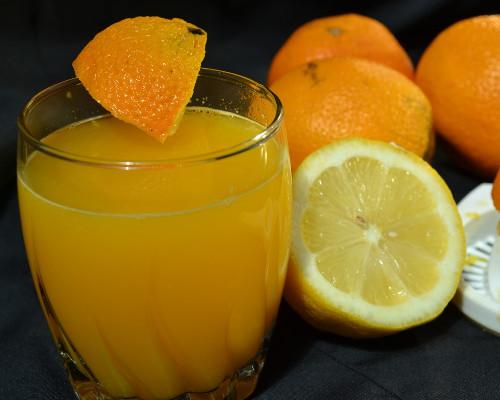 برتقال وليمون